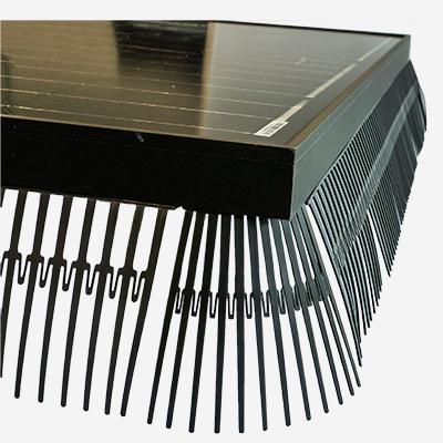 Solarguard vogelwering zonnepanelen metalen clips bevestigd