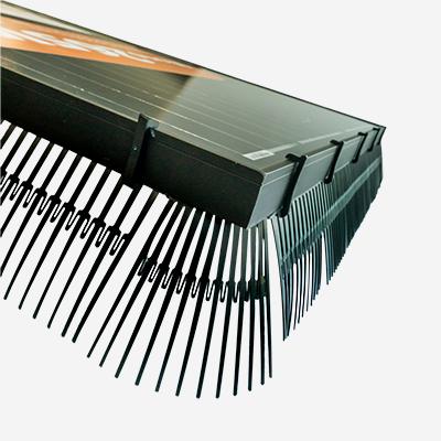 Solarguard vogelwering zonnepanelen kunststof clips bevestigd